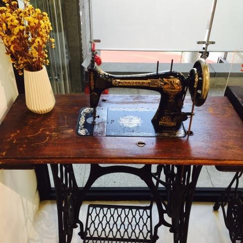 ひとりソウル旅行 20 東大門☆イウムピウム縫製博物館に感動・・・ その1_f0054260_14594158.jpg