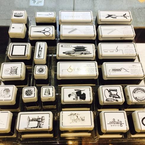 ひとりソウル旅行 20 東大門☆イウムピウム縫製博物館に感動・・・ その1_f0054260_15011584.jpg