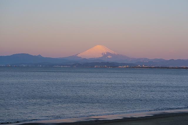 湘南海岸の満月と富士山_b0145398_16521564.jpg