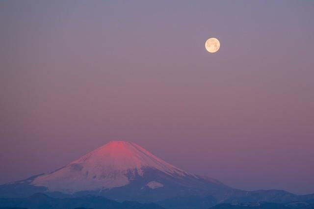 湘南海岸の満月と富士山_b0145398_19112340.jpg