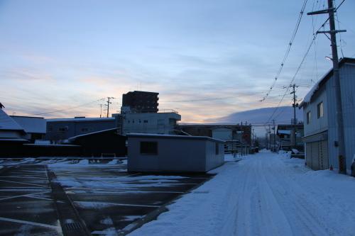 朝の米沢駅 2020.2.10_c0075701_07512342.jpg