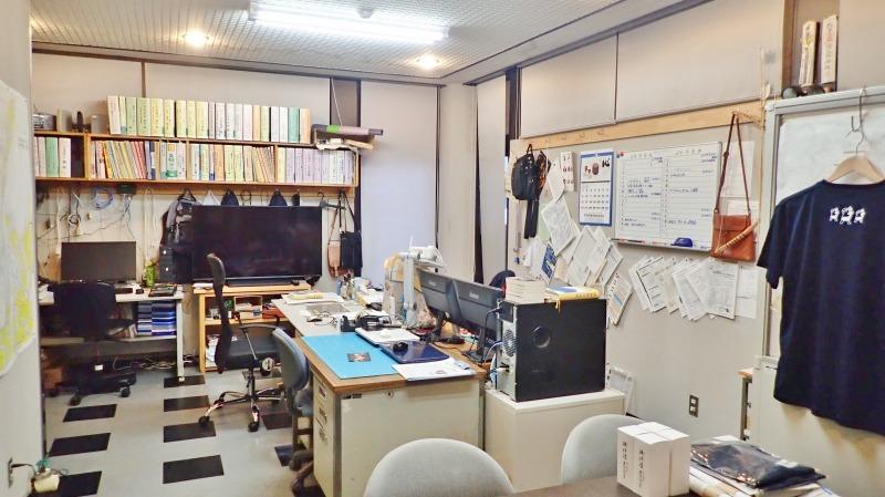休日の事務室から_c0336902_21084606.jpg