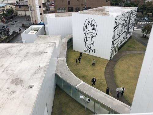 十和田現代建築を巡る _e0028417_08302944.jpg
