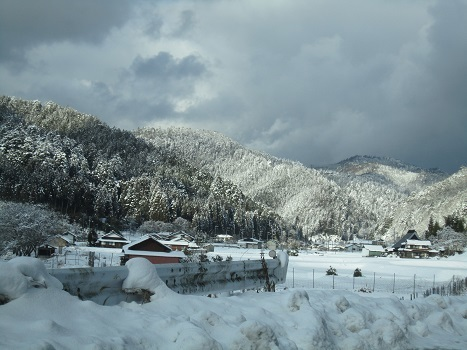 京都のお山で雪あそび(2)_b0177436_20405970.jpg