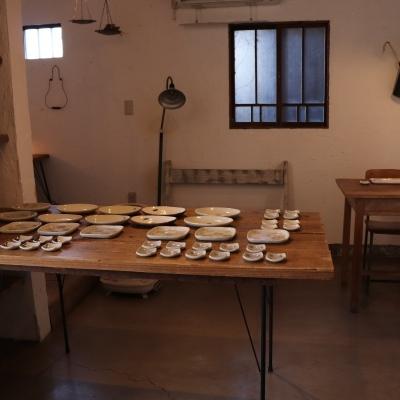 2/10 「ホソカワカオリ 豆皿とお皿展」開催中です。_f0325437_14401858.jpg