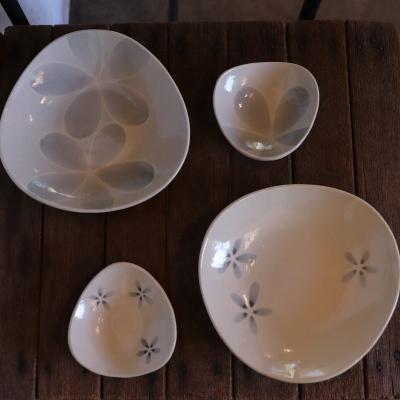 2/10 「ホソカワカオリ 豆皿とお皿展」開催中です。_f0325437_14490046.jpg