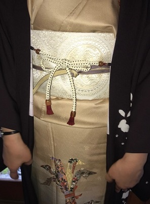 新年会・束熨斗の着物・藤井絞兎の羽織・明日臨時休業。_f0181251_17144551.jpg