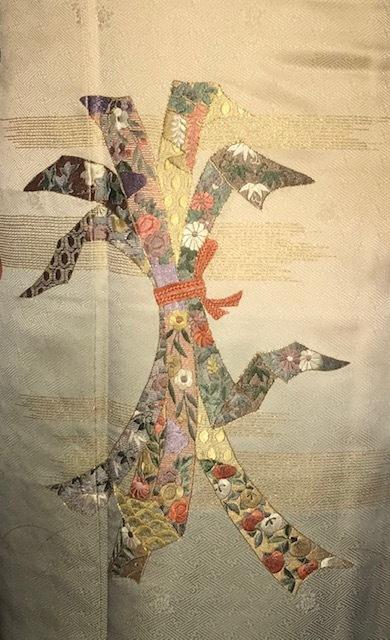 新年会・束熨斗の着物・藤井絞兎の羽織・明日臨時休業。_f0181251_17394316.jpg