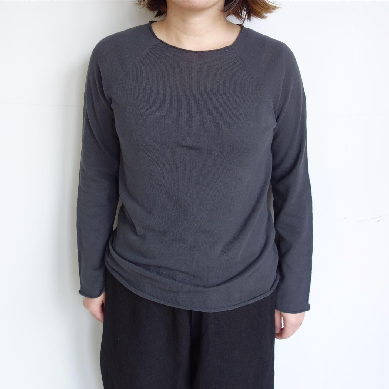 F/style : ホールガーメントの綿ニット 丸首・長袖_a0234452_12314050.jpg