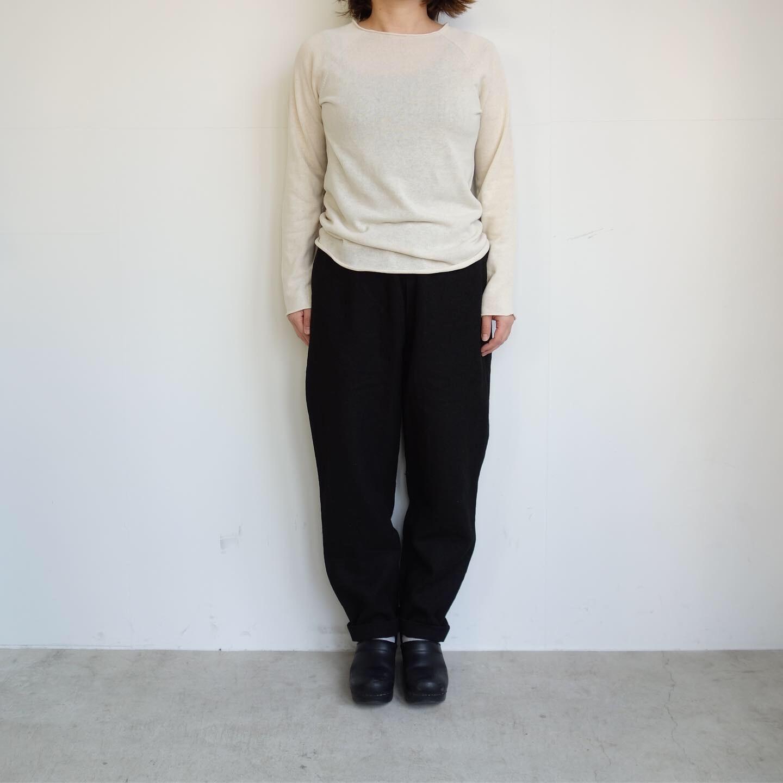 F/style : ホールガーメントの綿ニット 丸首・長袖_a0234452_12315411.jpg