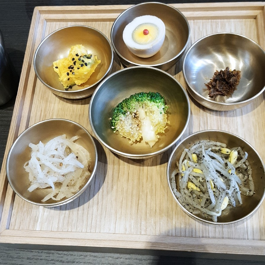 広尾 オシャレなお店で韓国料理_a0187658_20515366.jpg