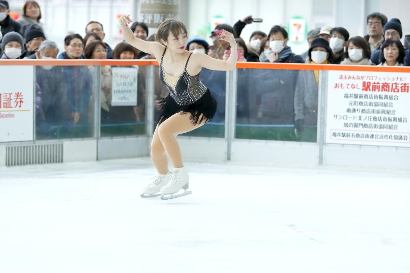 ハピリンク 関西大学アイススケート部スペシャルショー SP 高木選手_c0196076_01030728.jpg