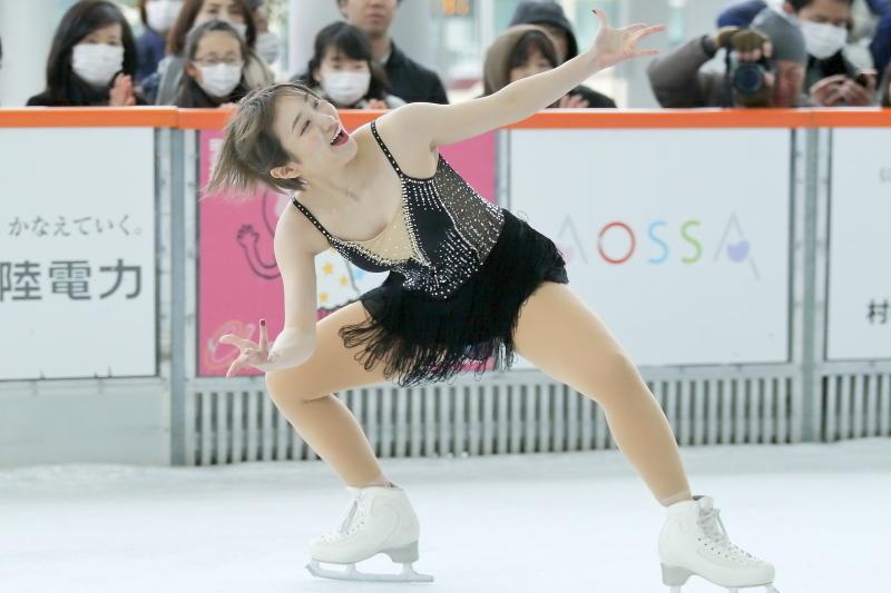 ハピリンク 関西大学アイススケート部スペシャルショー SP 高木選手_c0196076_07272453.jpg