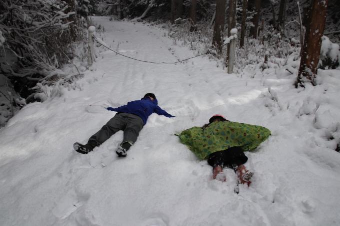 雪を求めて。親の愛編。_e0149587_05033623.jpeg