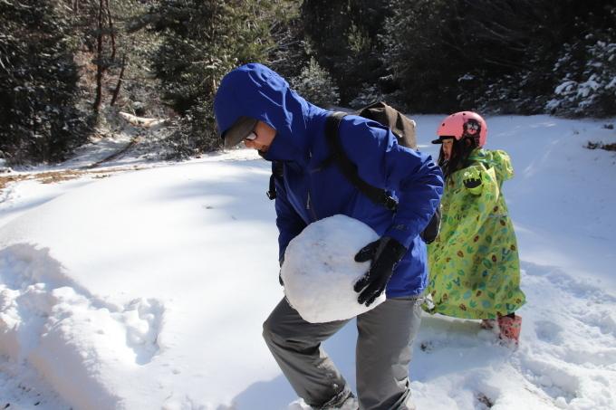 雪を求めて。親の愛編。_e0149587_05081155.jpeg