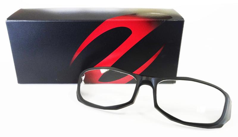 Zeque by ZEAL Optics(ゼクー バイ ジール)前掛け度付きサングラスモデルBARON(バロン)専用ジャケットリニューアル!_c0003493_13152918.jpg