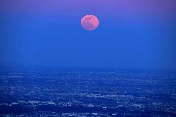 月の出_f0173596_14183751.jpg