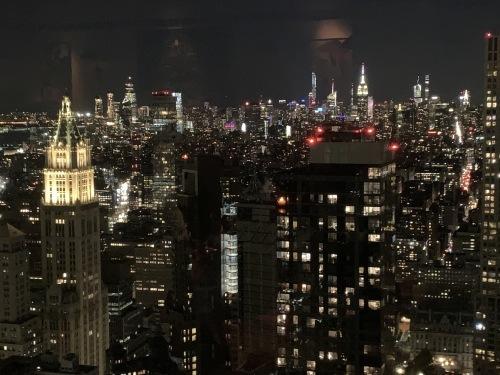 夜景が綺麗なレストラン(しかもチップなし笑)_d0240098_06470112.jpg