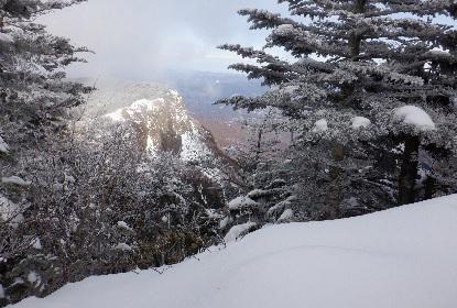 雪山の雪が少ない_e0077899_14572238.jpg