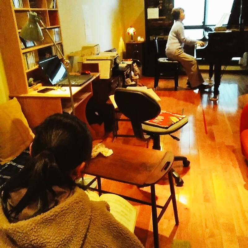 R・ピアノ教室  2020.2.10_b0169513_01512070.jpg