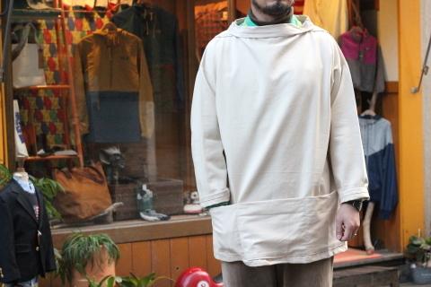 イギリスの本場フィッシャーマンが着用している「NEWLYN SMOCKS」に別注_f0191324_08371805.jpg