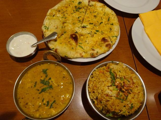 オトーさんのランチ ~ インド料理_b0405262_15525251.jpg