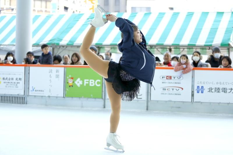 ハピリンク 関西大学アイススケート部スペシャルショー デモンストレーション_c0196076_22340606.jpg