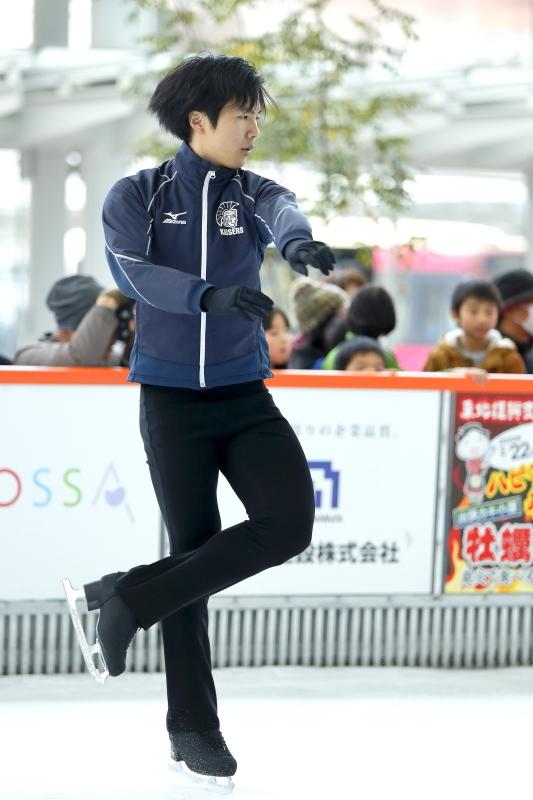 ハピリンク 関西大学アイススケート部スペシャルショー デモンストレーション_c0196076_22412725.jpg