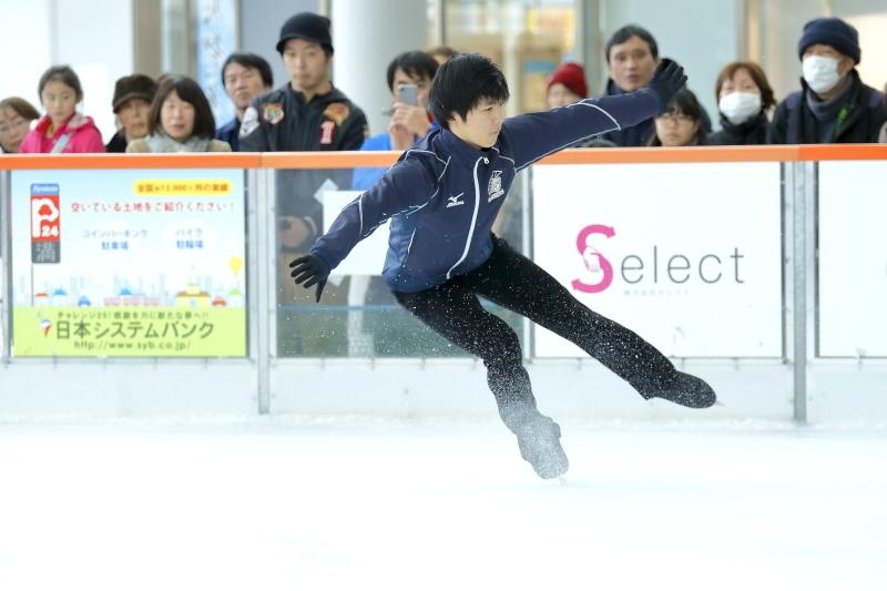 ハピリンク 関西大学アイススケート部スペシャルショー デモンストレーション_c0196076_22422075.jpg