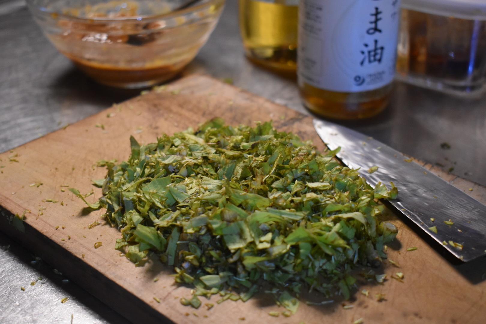 紀元節の夜、蕗味噌を作る。_d0087595_20001345.jpeg