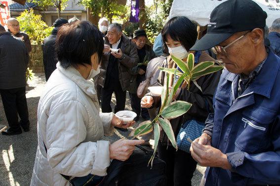 春を呼ぶ射山神社の「みゆ」_b0145296_16274751.jpg