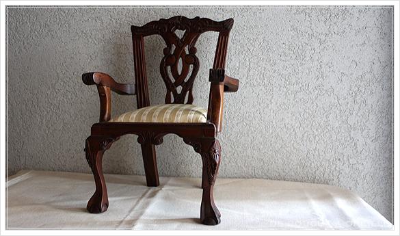 chaise de poupee 古い木製のドールチェア チッペンデール様式 フランスアンティーク_d0184921_16162008.jpg