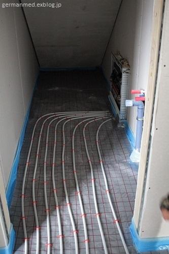 床暖房_d0144726_21075572.jpg