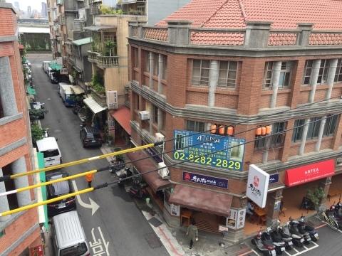 台北の古い町並み_f0233340_15371415.jpg