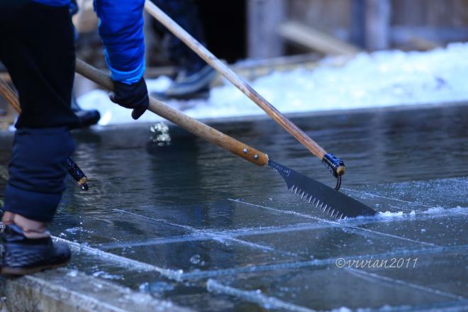 日光 四代目徳次郎の天然氷の切り出し ~この冬最後の挑戦で~_e0227942_21582621.jpg