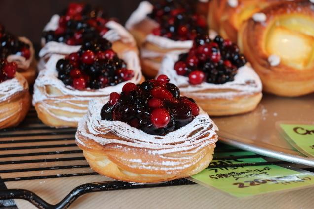 倉敷で一番人気のパン屋さん_d0346950_13121647.jpg
