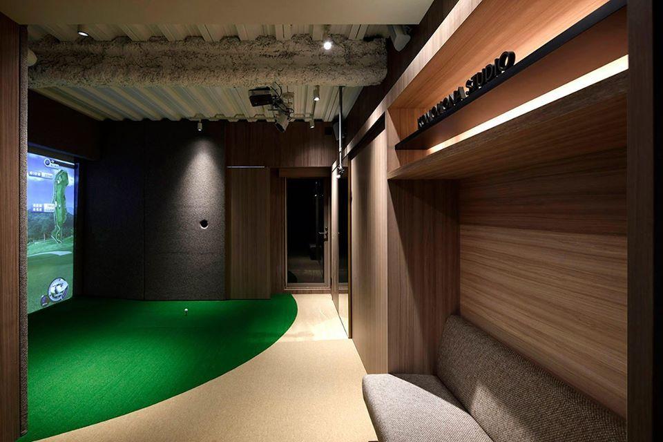 ゴルフルーム_b0156361_08554077.jpg