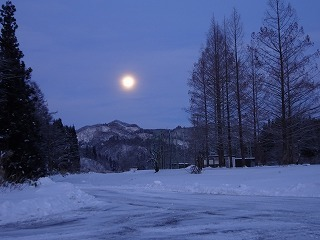 週末の雪_d0122374_23005409.jpg
