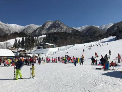 終わったこともあり.......急遽地元若桜氷ノ山スキー場に....._b0194185_18134084.jpg