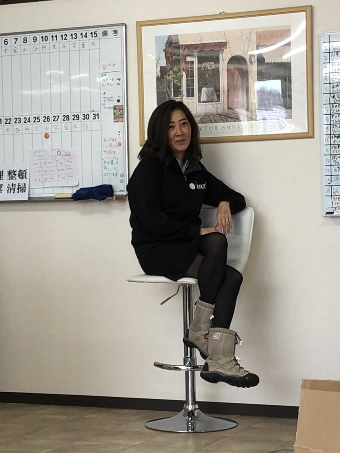 2月13日(木)本店ブログ☆ GMCユーコンデナリ XL あります!! ランクル ハマー アルファード_b0127002_17405608.jpg