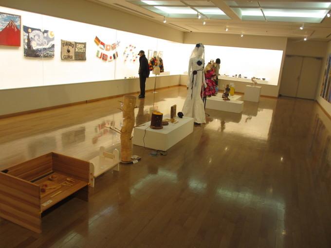 姫路工業高校デザイン科 作品展_d0077106_15474005.jpg