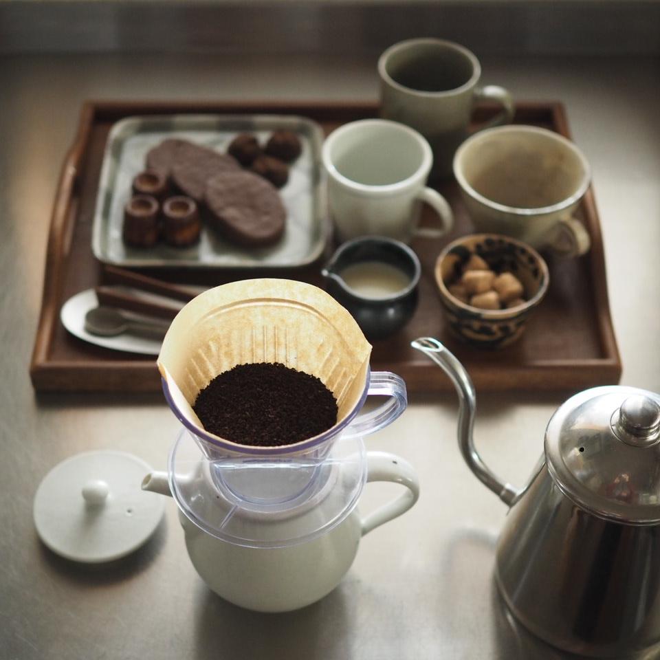珈琲と緑茶を_b0206421_18180973.jpg