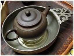 お茶を飲む道具 アンティークを普段使いに_d0221430_17043840.jpg