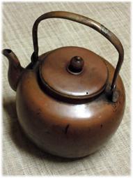 お茶を飲む道具 アンティークを普段使いに_d0221430_21430691.jpg