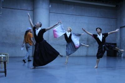ダンスとライブ音楽を満喫できる「近藤良平・神楽坂とさか計画ORIGIN 3」公演間もなく_d0178431_00493544.jpg