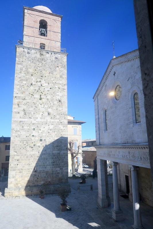 迷路のよう大聖堂地下に古代の水路、キウーシ_f0234936_6215856.jpg