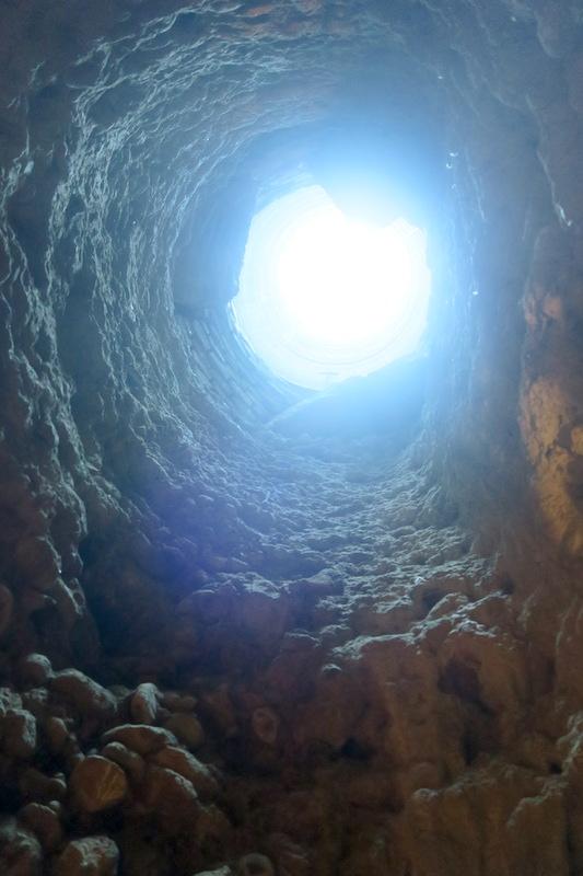 迷路のよう大聖堂地下に古代の水路、キウーシ_f0234936_711188.jpg