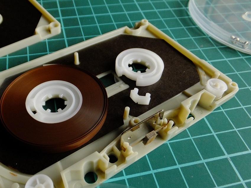 カセットテープ_e0193247_12374050.jpg