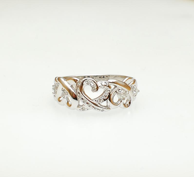 お持ちのリングにダイヤをプラス_c0346851_15292525.jpg
