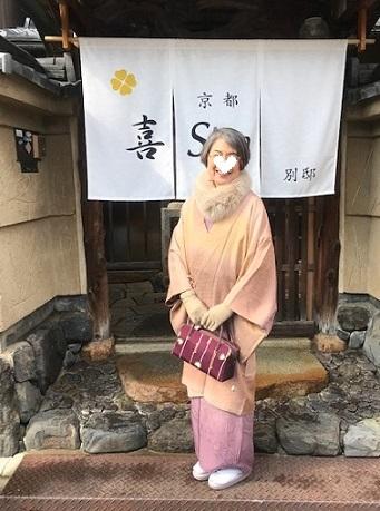 新年会のお客様・お洒落な道中着に汕頭刺繍訪問着。_f0181251_18222597.jpg
